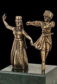 Скульптура «Пара в танце»