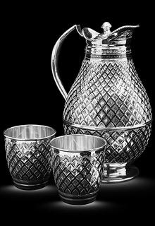 Серебряный кувшин с крышкой и два стакана «Монарх»