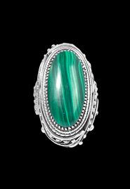 Серебряный авторский филигранный перстень с малахитом
