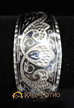 Серебряный браслет с цветочным узором и чернением