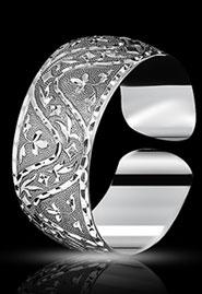 Браслет из серебра с гравировкой без чернения