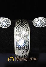 Серьги и браслет из серебра с чернением