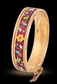Позолоченный браслет из кубачинского серебра. Покрыт цветной эмалью