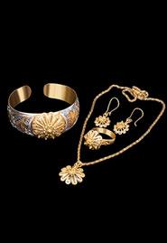 Серебряный комплект с позолотой «Золотой цветок»