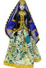 Фарфоровая кукла в азербайджанском платье