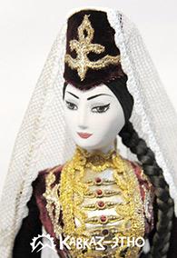 Кукла коллекционная в осетинском национальном платье