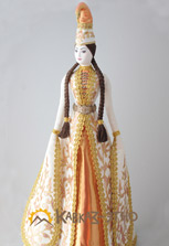 Кукла в ингушском наряде и курхарсе