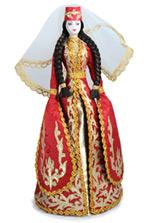 Кукла в красном осетинском праздничном платье