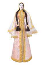 Кукла в чеченском национальном платье