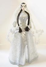 Фарфоровая большая кукла в чеченском платье