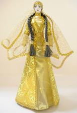 Кукла в ингушском национальном платье