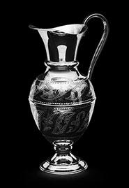 Серебряный кувшин для воды вина