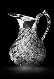 Кувшин с алмазной гравировкой из серебра