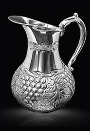 Серебряный кувшин «Виноградная лоза»