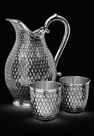 Кувшин серебряный с двумя бокалами. Кубачи