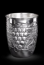 Серебряный стакан «Виноградная лоза»