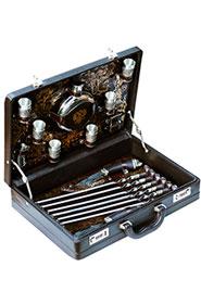 Подарочный шашлычный набор в чемодане