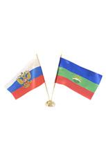 Настольные флаги: российский и карачаево-черкесский