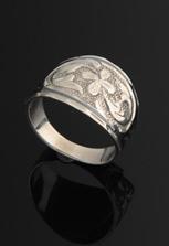 Кольцо из кубачинского серебра с гравировкой